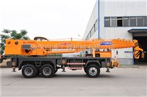 工作高效质优价廉 18吨自制底盘小型吊车